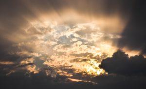 sky-1107952_1920